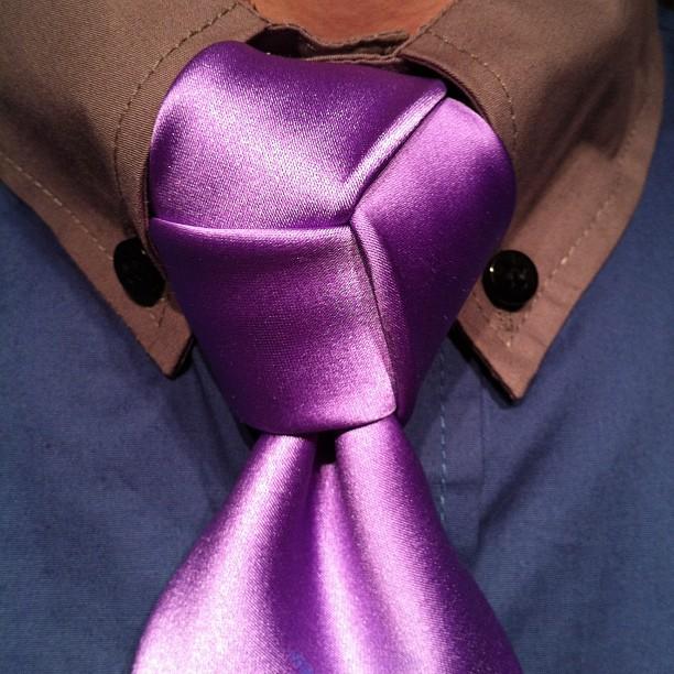 trinity-knot-purple